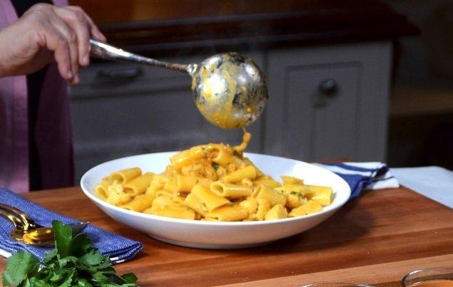... - Buon Gusto! Rigatoni with Cauliflower, Saffron, and Golden Raisins
