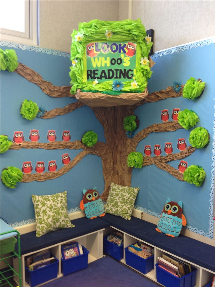 Reading Corner with Owl Theme. Love it! Ikea bookshelves as benches with bin storage.