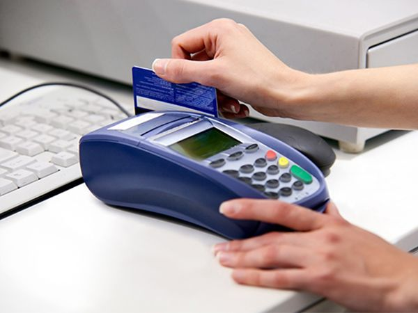 In Recent Years Police And Other Members Of Law Enforcement Have Been Increasing Their Stop Credi Credit Card Machine Credit Card Fraud Credit Card Processing