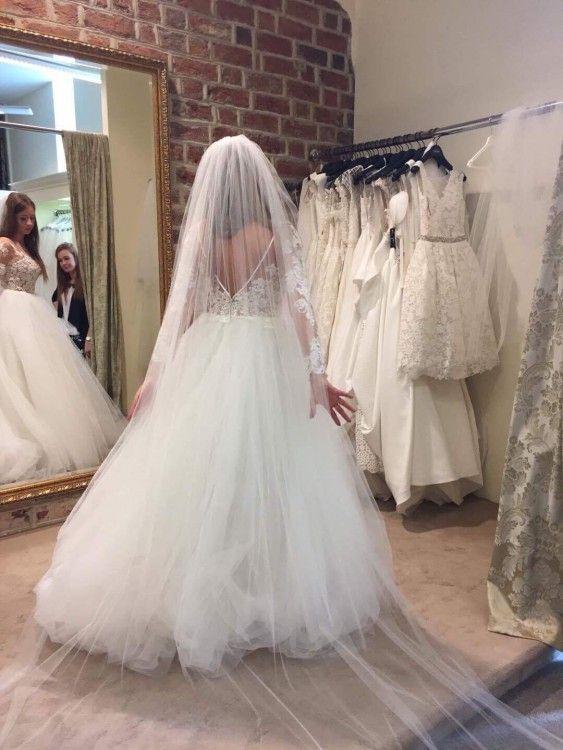 Suknia ślubna Z Długim Rękawem Trenem I Welonem 36 S Używane
