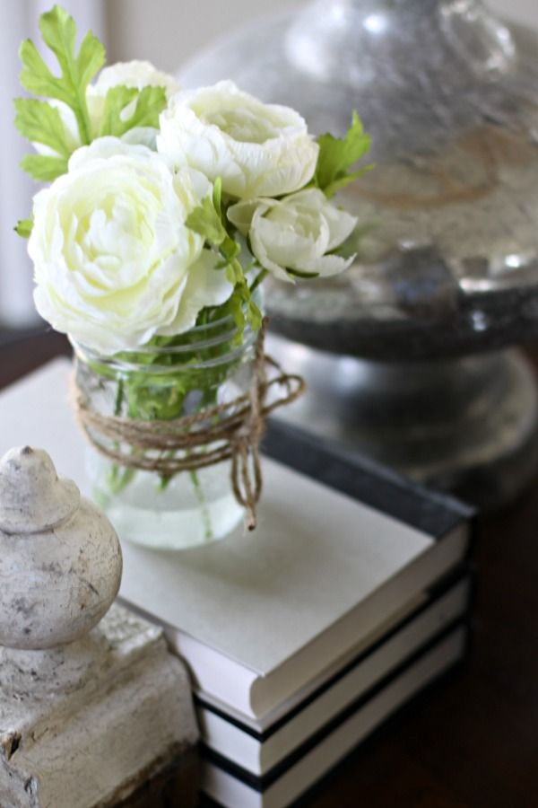 love of home Make Your Own Faux Flower Arrangement http://loveofhome.net/make-your-own-faux-flower-arrangement/ via bHome https://bhome.us