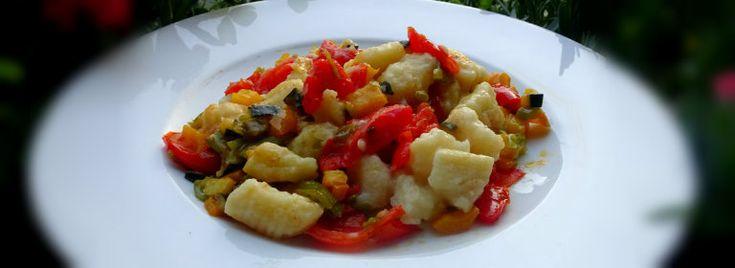 Gnocchi di patate con ragù di verdure