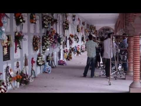 DIA DE MUERTOS Encarnacion de Diaz - YouTube