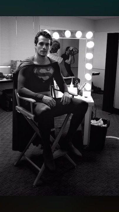 henry-cavill-con-el-traje-de-superman-de-christopher-reeve-1