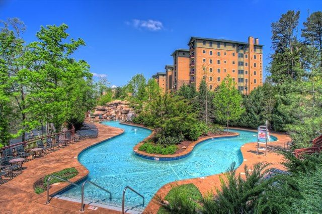 Lazy River Pool At Riverstone Resort Amp Spa Pigeon Forge