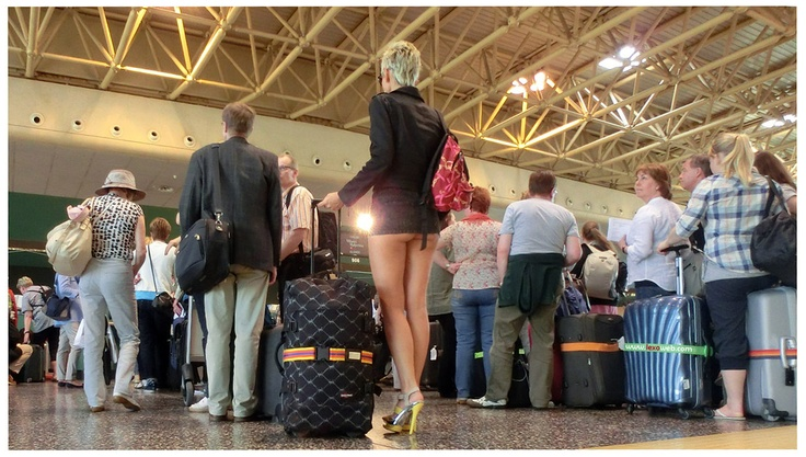 Upskirt in the airport