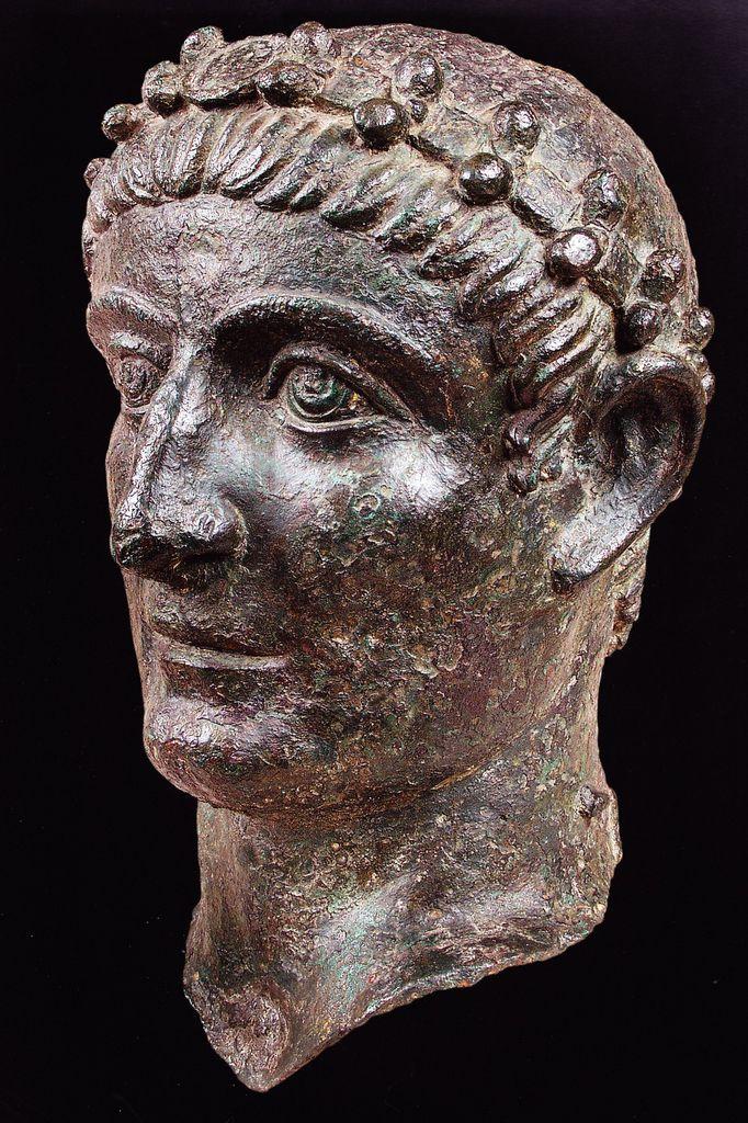 Portrait of Emperor Constantine, 325-330. National Museum, Beograd. Culture roman