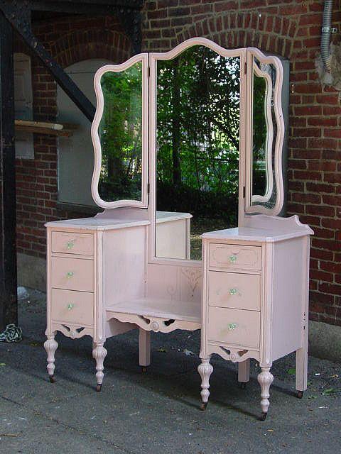 Unique Antique Bedroom Vanity Love Pink Deco To Decorating