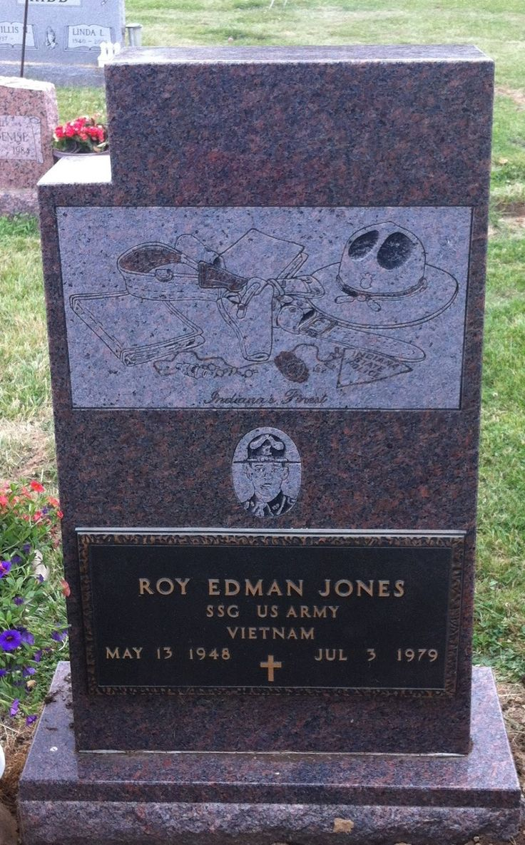 best images about various gravestones grave sights on the plummer gang re ed tombstone tuesday na state police trooper roy e jones