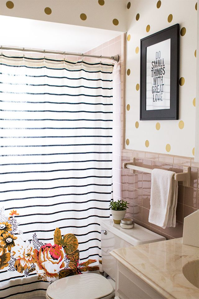 "House Tour: Guest Bathroom with Vinyl Polka Dot ""Wallpaper"" made with the Silhouette"