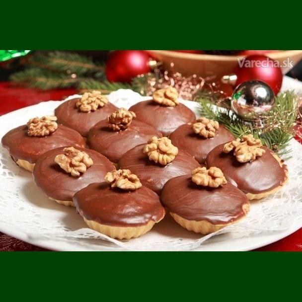 Vianočné pečivo: Šuhajdy, orechové košíčky a karamelové košíčky