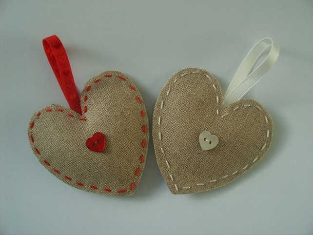 Shell button hanging heart £4.00