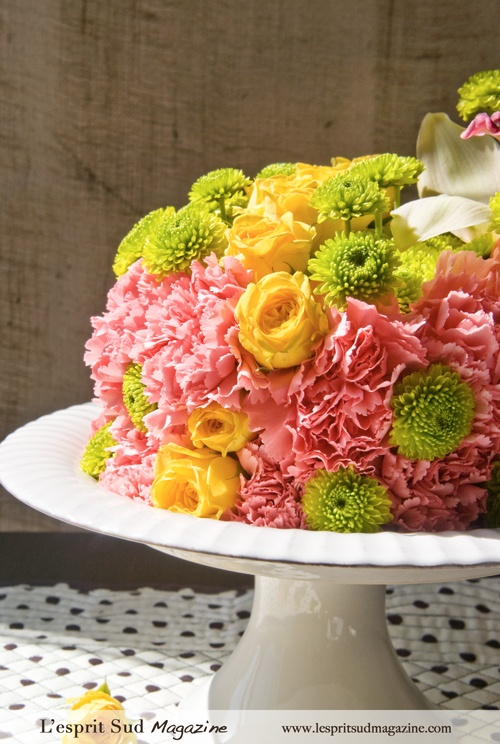 How To Make A Birthday Cake With Fresh Flowers For The Guest On Diet