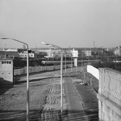 So hast Du Berlin noch nie gesehen: Entdecke, wie sich die Stadt seit 1989 verändert hat - von oben und auf 167 Kilometern Mauerweg.