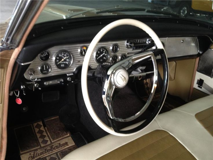 http://cdn.barrett-jackson.com/staging/carlist/items/Fullsize/Cars/176955/176955_Interior_Web.jpg