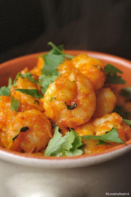 Spicy garnalen met rode curry 2