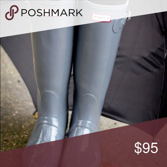 Grey Hunter Rainboots Shiny They could use a shine, but are otherwise in perfect condition! Only worn a few times! No lowballs please. I am a grad student in Nashville trying to declutter New and/or gently used items. Prices in idividual items are pretty firm; however, I offer a 15% discount when 3+ items are bundled :) I'M TRAVELING THE ENTIRE MONTH OF MAY!! ORDER NOW OR YOU'LL HAVE TO WAIT!! 💋 Hunter Boots Shoes Winter & Rain Boots