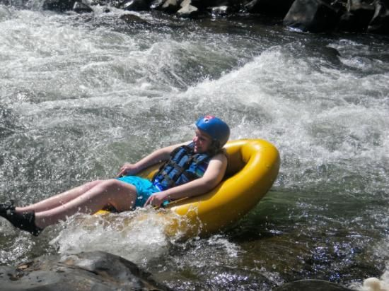 Geckoing is one of the most fascinating adventure activities in Mpumalanga. It is also one of the coolest ways to have fun with family and friends in the sun and water.