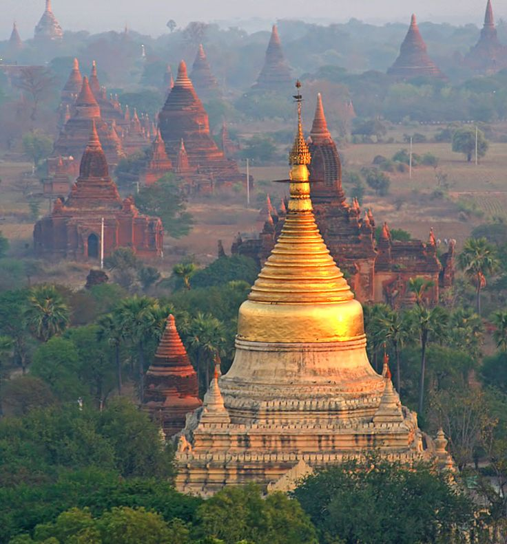 Temples in Bagan, Myanmar - Travel Pinspiration: http://www.ytravelblog.com/travel-pinspiration-2/