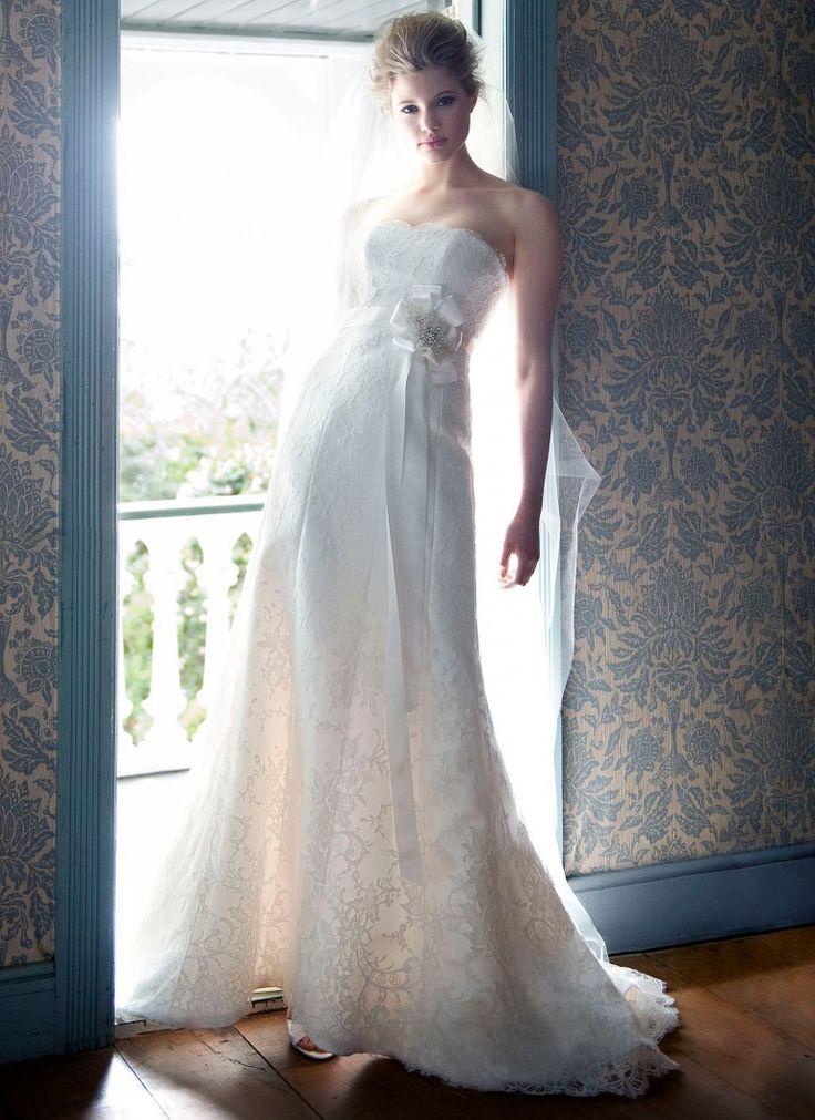 White Lace Wedding Dress by Anna Schimmel | New Zealand