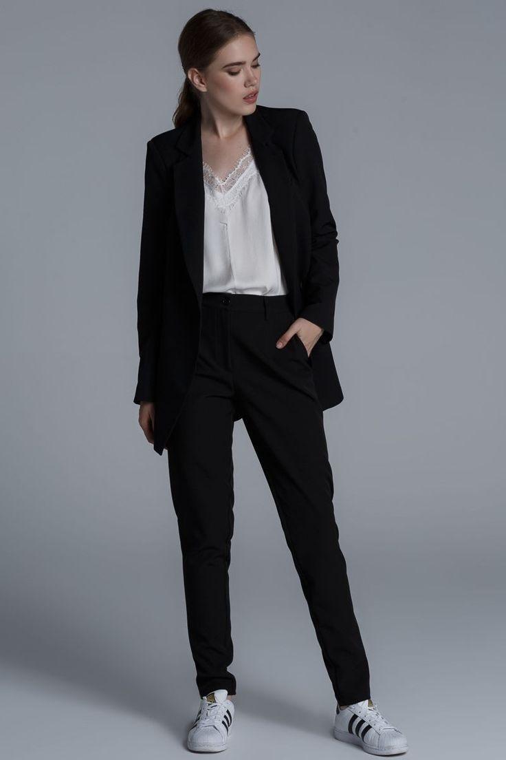 CKONTOVA oversized blazer for perfect androgynous style! Black