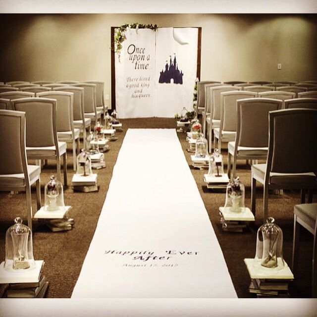 This storybook wedding is perfect for you Disney lovers! The~Lil~Things Las Vegas created their happily ever after.