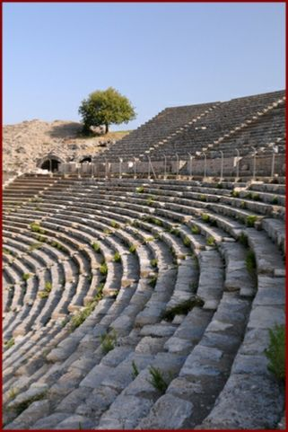 greek theatre social context Immediately download the greek drama summary, chapter-by-chapter analysis, book notes, essays, quotes historical context movement variations representative authors representative works the greek theatre tradition of the time was rooted in the spirituality of its people.