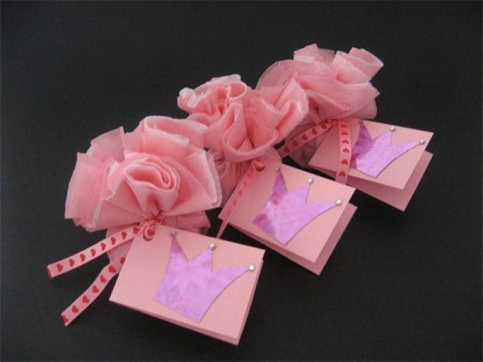 prinsessen traktatie zelf maken - Google zoeken http://www.welke.nl/photo/natalievanmourik/Leuk-om-mee-te-geven-na-een-prinsessen-meisjes-kinderfeestje.1388050685