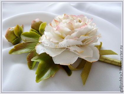 "Бутоньерка, брошь ""Белый пион"". Холодный фарфор - белый,galjushka2 handmade"