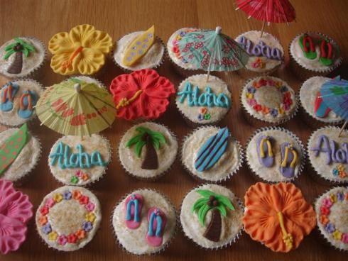 luau cupcake | hawaiian luau cupcakes | tastygorgeous cupcakes