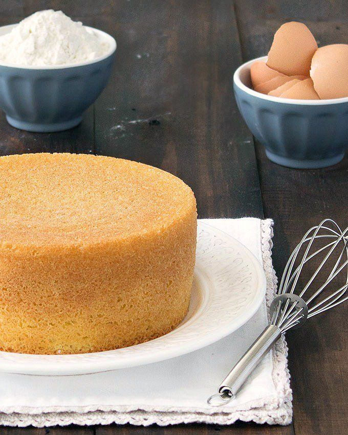 Pan di Spagna is an Italian sponge cake made with only 3 ingredients: no baking powder, no butter, no oil, no dairy!