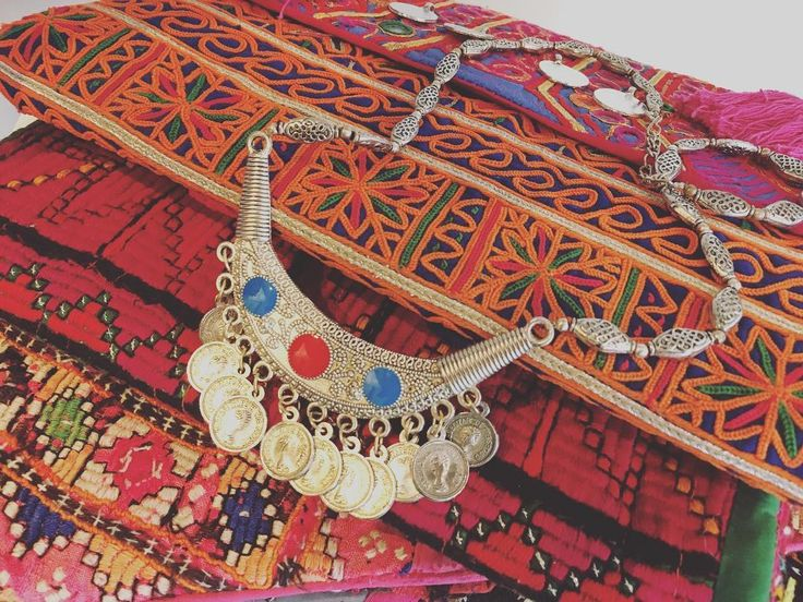 Shop your #boho gifts from our Notting hill pop up shop @199 portobello road #embroideryart #vintagestyle #necklace #clutch #handmade #oneofakindgifts