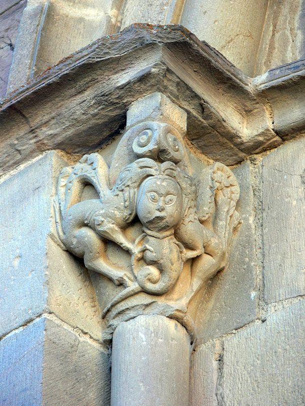 Iconografía y bestiario románico. El Grifo.. Conoce las principales representaciones del románico medieval