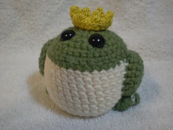 Amigurumi Frog Prince FREE SHIP to USA by MaeBelleCreations