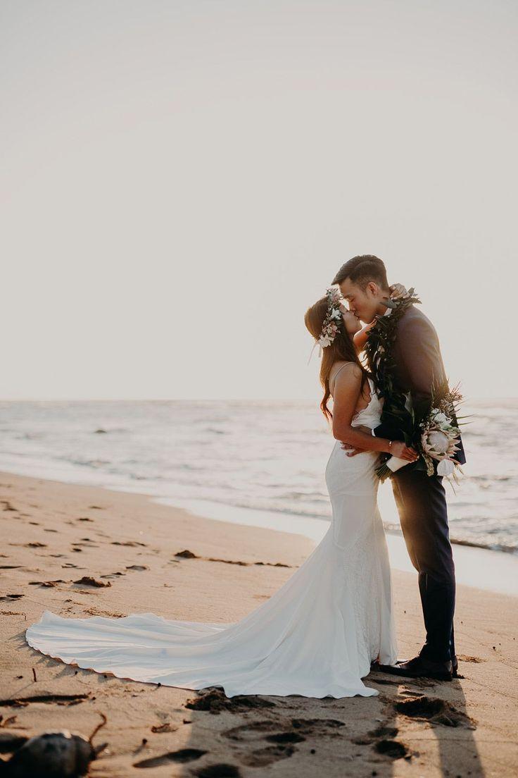 Hawaii Hochzeit am Strand – Lovers Society: Wyatt Gown Green Brautschuhe #lsxg …