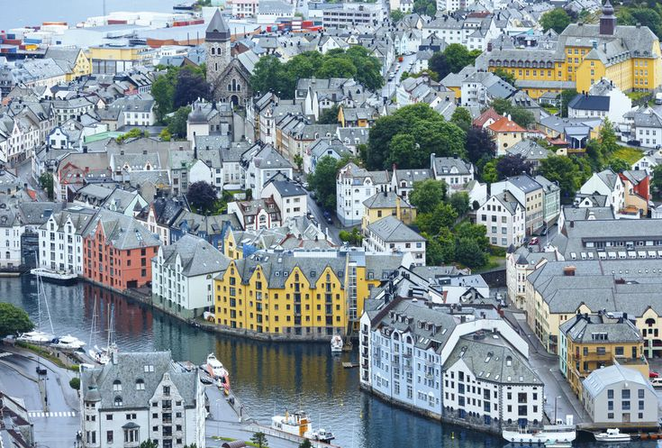 It's both quaint… | 29 Reasons Norway Is The Most Beautiful Scandinavian Country