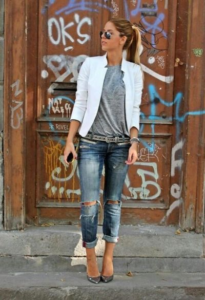 Boyfriend jeans with grey tee and white blazer