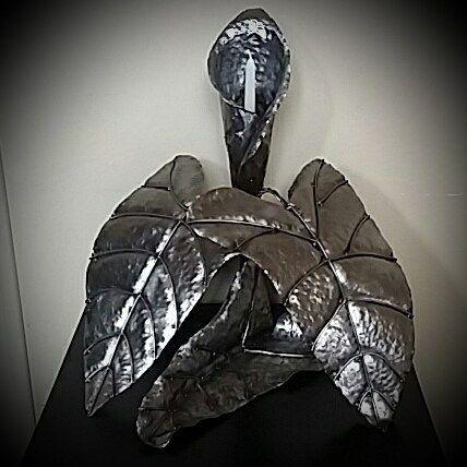 Lily candle holder made by #raywoledge #sunrayartyfacts #metalart #metalartist #beautiful