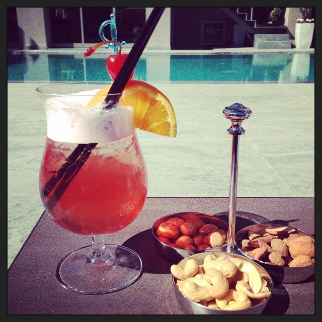 What's better to #relax? #cocktail by the#pool #SamariaHotel Photo credits: @_minnasusanna_
