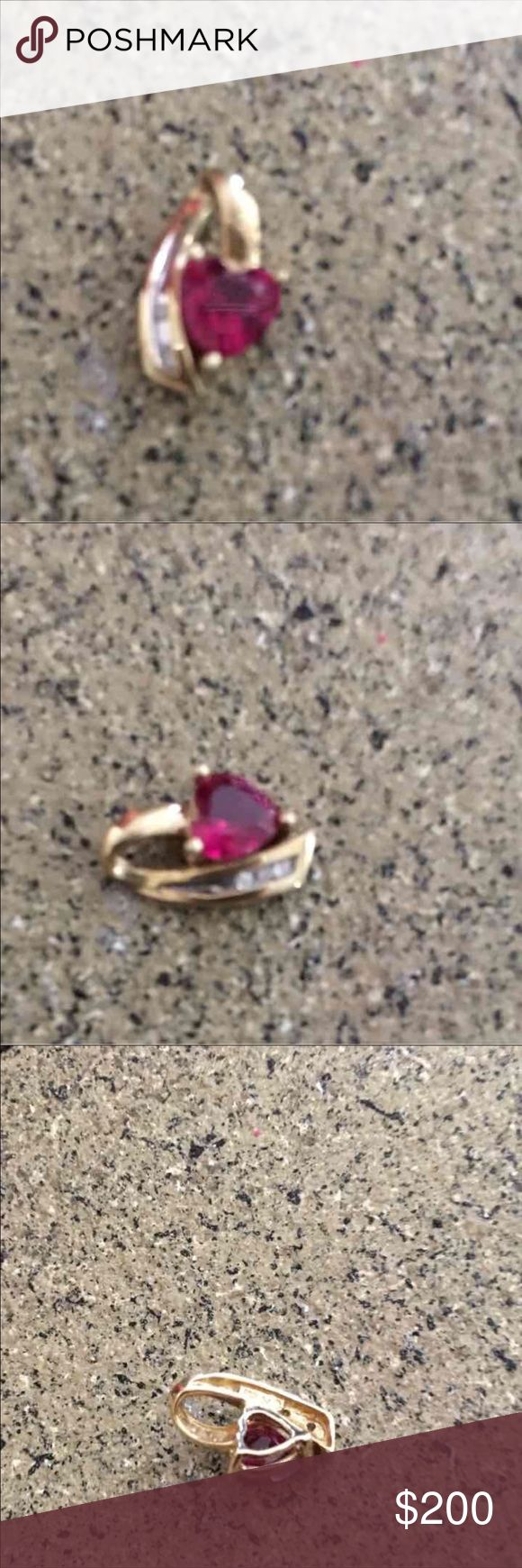 Kay jeweler's LIKE NEW Ruby and 4 mirror diamond heart necklace charm in 10 carat yellow gold Kay Jewelers Jewelry