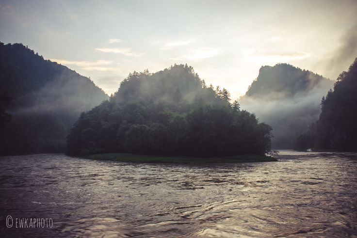 Dunajec River Gorge,  Pieniny National Park, Poland