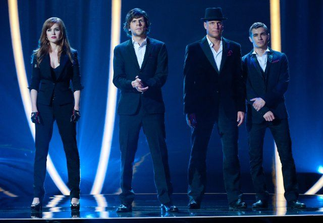 Still of Woody Harrelson, Jesse Eisenberg, Isla Fisher and Dave Franco in Now You See Me: Jaful perfect (2013)