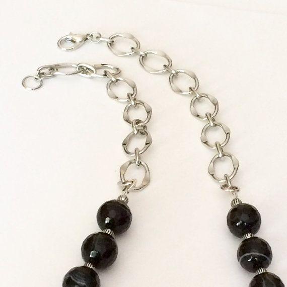 Collar de onix negro collar moldeado del por BarbsBeadedJewelry