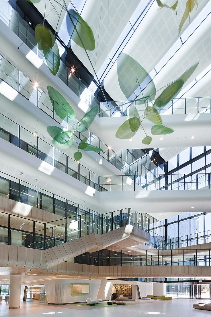 Illumination!  Atrium instaltion - Royal Childrens Hospital, VIC by Bates Smart | Billard Leece | NDYLIGHT