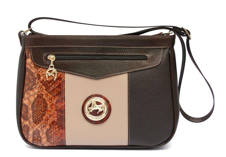 A bolsa perfeita para aproveitar os seus dias com estilo! The perfect handbag to enjoy your days with style! Ref: 1150110