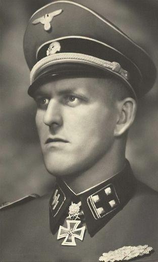 """✠ Hans Dorr (7 April 1912 – 17 April 1945) Died at a field hospital near Judenburg. RK 27.09.1942 SS-Hauptsturmführer Chef 4./SS-Inf.Rgt """"Germania"""" 5. SS-Panzer-Division """"Wiking"""" [327. EL] 13.11.1943 SS-Hauptsturmführer Kdr I./SS-Pz.Gren.Rgt """"Germania"""" 5. SS-Panzer-Division """"Wiking"""" [77. Sw] 09.07.1944 SS-Sturmbannführer Kdr SS-Pz.Gren.Rgt 9 """"Germania"""" 5. SS-Panzer-Division"""