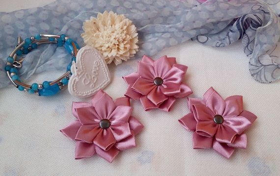 3 pink applique flowers Shabby Chic flowers satin by Rocreanique