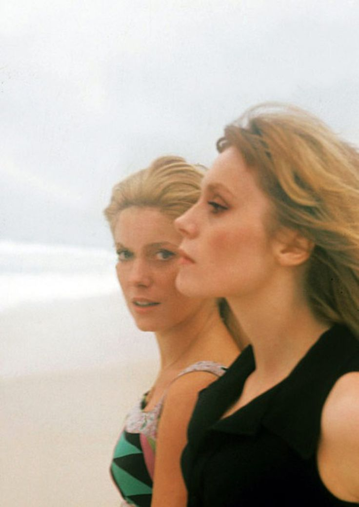 Francoise Dorleac & Catherine Deneuve. #EresParis #FrançoiseDorléac…