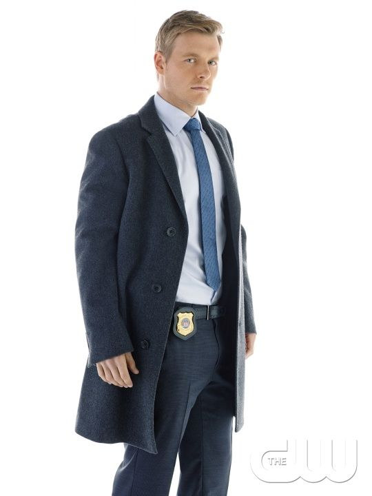 The Flash -- Image: FLA01_NM_EDDIE_0562 -- Pictured:  Rick Cosnett as Detective Eddie Thawne -- Photo: Nino Muñoz/The CW -- © 2014 The CW Network, LLC. All rights reserved