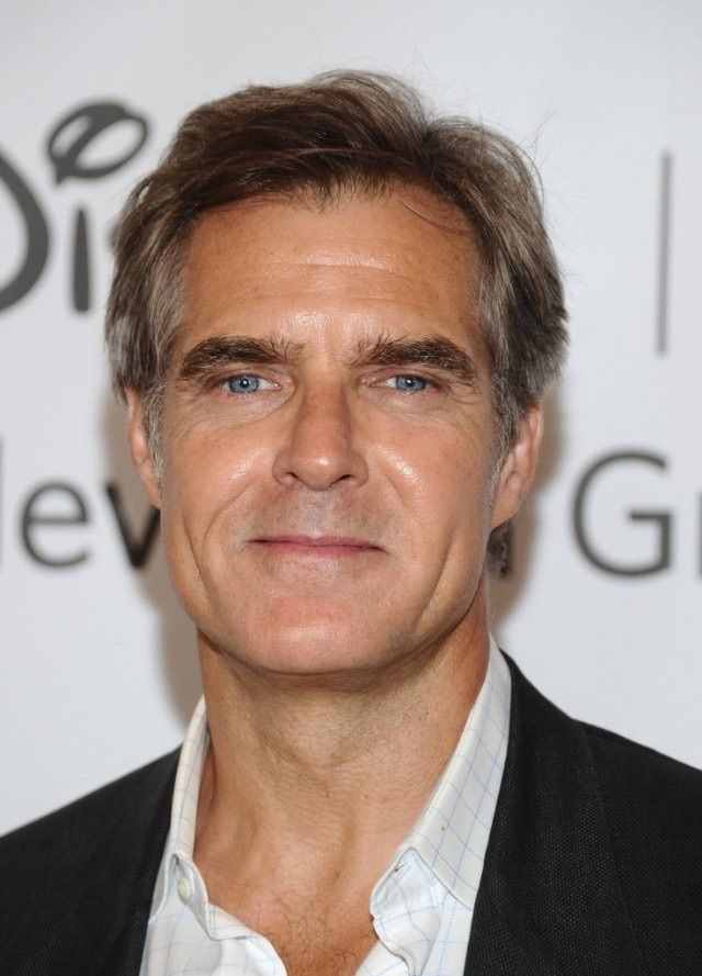 "October 26 2015: Henry Czerny Cast as Toyman for ""Supergirl"":"